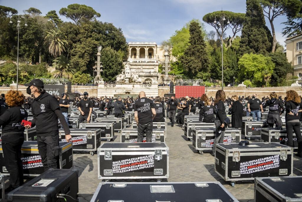 Bauli in Piazza Lavoratori Spettacolo ARS Abruzzo
